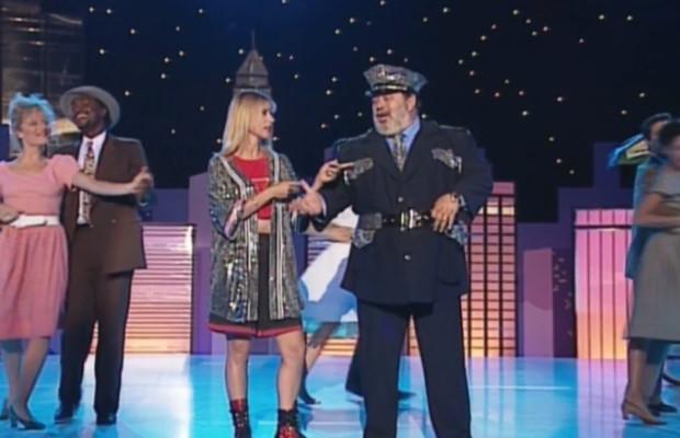 Carlos et Dorothée en duo Singin in the rain.jpg