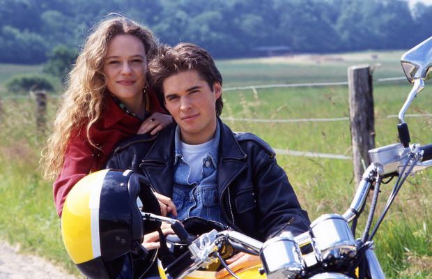 Anthony Dupray et Camille Raymond sur le tournage du clip Prendre la route avec moi
