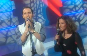 Barbara Scaff et Philippe Candelon chantent le générique de Terre Indigo au Club Dorothée