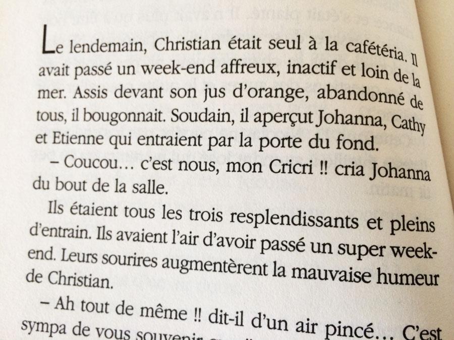 Extrait d'un livre Hélène et les Garçons (Roman-Clip)